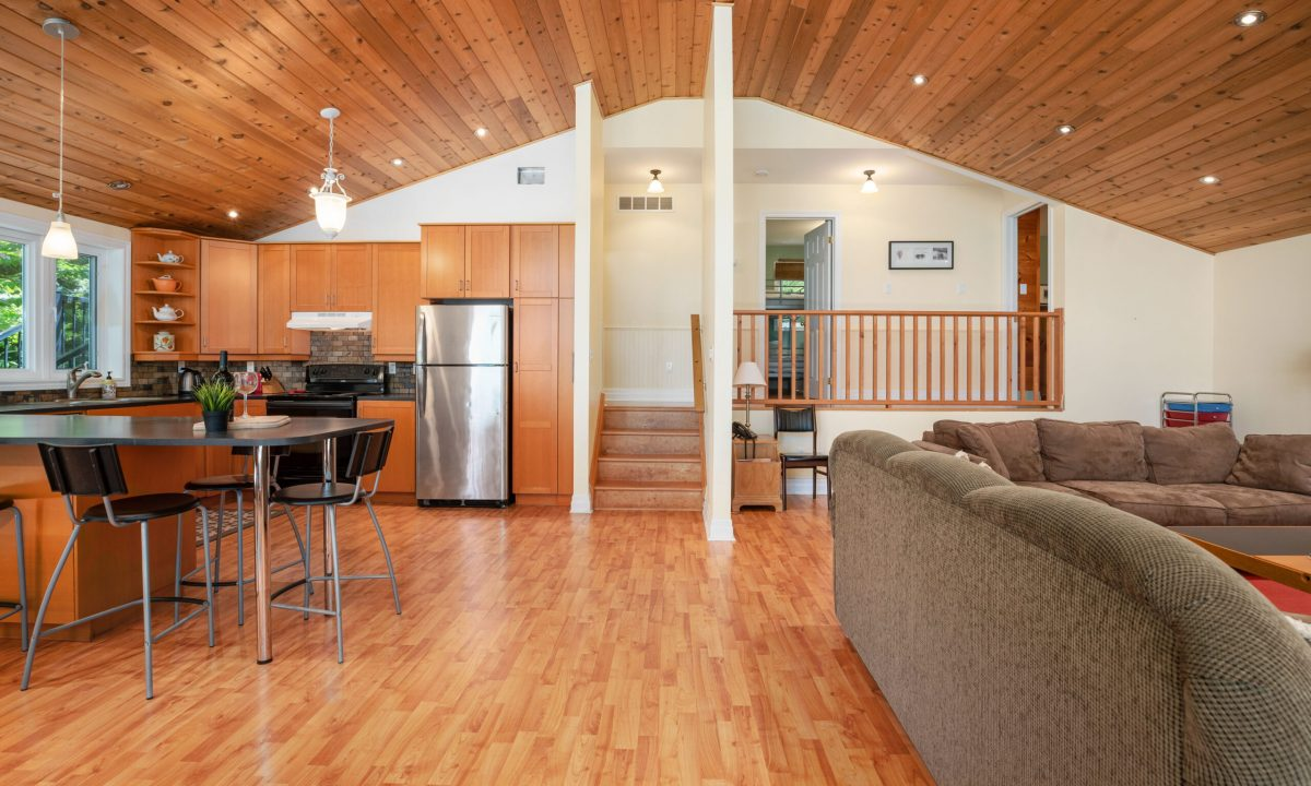 1004 James Point-25